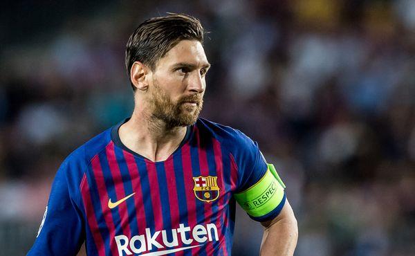 Barcelona pořádá výprodej. Šetří na Messiho