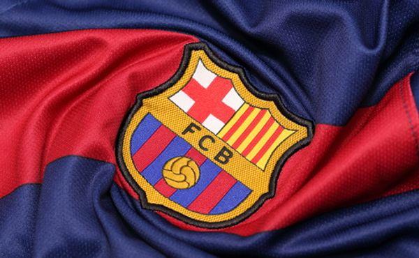Válka v Barceloně. Kdo může za obří dluhy klubu?