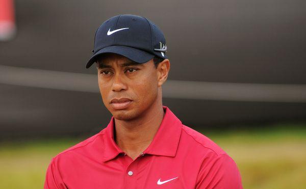 Konečně! Tiger Woods je zpátky na golfovém hřišti